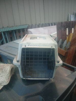 Kennel cab 2 dog kennel carrier for Sale in Edgewood, WA