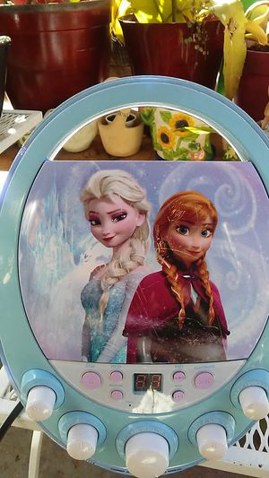 Elsa. CD player for Sale in Los Angeles, CA