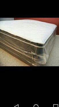New eastern king pillow top mattress and box spring available. Delivery is available for Sale in Tracy, CA