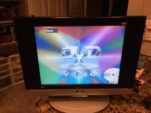 TV DVD player combo 15 inch working good no remote for Sale in Coconut Creek, FL