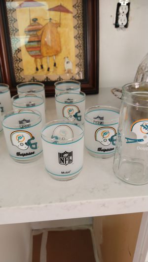 Collectable NFL Dolphin glasses - 11 total for Sale in Temecula, CA