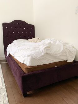Bed for Sale in Columbia Station,  OH