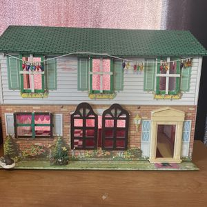 vintage tin 2 story doll house for Sale in Austin, TX