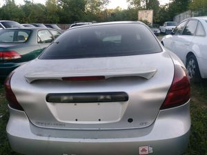 04 pontiac grand prix. Parts Car no title selling parts for Sale in St. Louis, MO