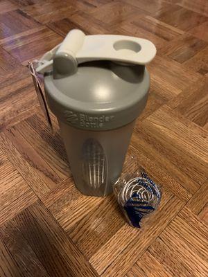 Grey Blender Bottle for Sale in New York, NY