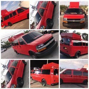 2006 chevy express 143k miles $45,000 with every thing for Sale in Bronx, NY