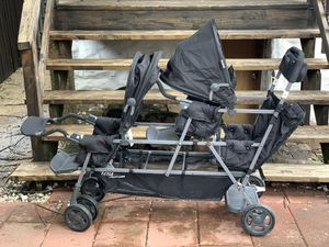 Joovy Big Caboose Stroller with 3rd Seat for Sale in St. Louis, MO