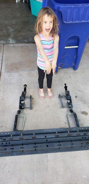 Husky 5th Wheel Hitch w/ rails for Sale in Santee, CA