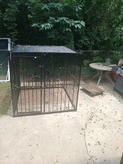 Dog cage for Sale in Griffin, GA