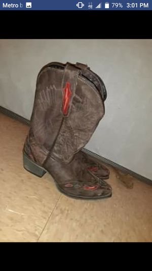 Women's cowgirl boots for Sale in Midland City, AL