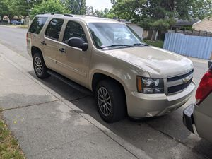 Chevy Tahoe 2007 clean title automatic 8 cilinder 5.3 flexfuel 167 miles smog check today for Sale in Sacramento, CA