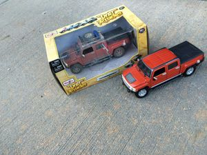 Brand new Maisto 1:26 die cast 2009 Hummer H3T set for Sale in Fort Leonard Wood, MO