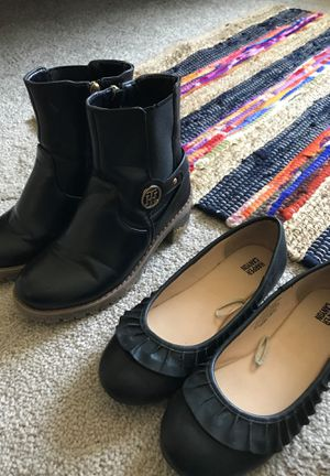 Girls size 3Y shoes for Sale in Denver, CO