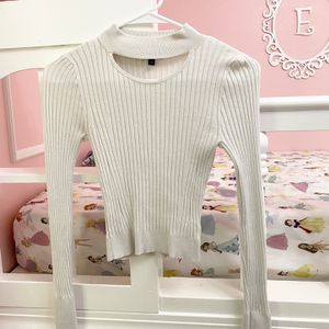 Express Sweater (size XS But More Like XXS) for Sale in Bellevue, WA