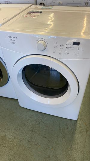 Frigidaire frontload stackable dryer works like new for Sale in Littleton, CO