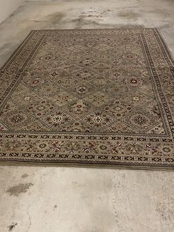 Rug 8ft X 11 Ft for Sale in Seattle,  WA