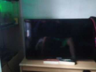 Samsung Flat Screen Tv Works Perfectly Fine Just Got A New One And Don't Have Space For This One for Sale in Hilton,  NY