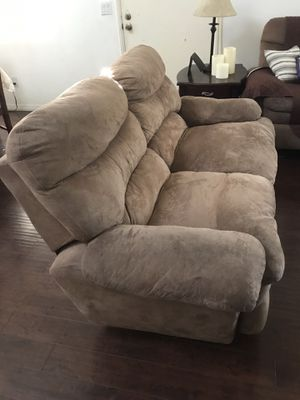 Love seat and sofa free for Sale in Anaheim, CA
