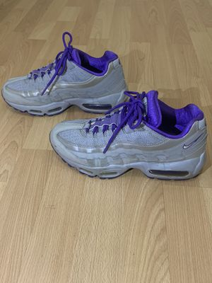 Nike Air Max 95 Shoes 2011 Women US Size 7.5 Wolf Grey/Purple 698014-005 for Sale in Staten Island, NY