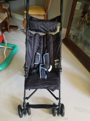 Summer Stroller- Black and Blue for Sale in Miami Gardens, FL