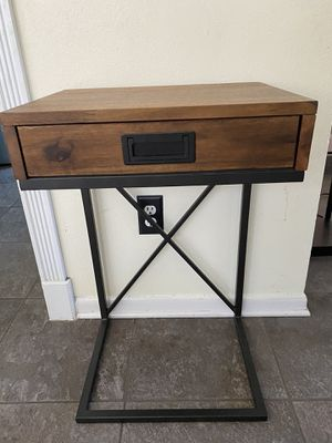 Pier one side table/ nightstand for Sale in Houston, TX