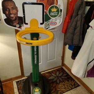 Basketball Hoop for Sale in Kenosha, WI