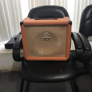 FREE: Non-working Orange 30R Crush Amp For Parts for Sale in Houston, TX