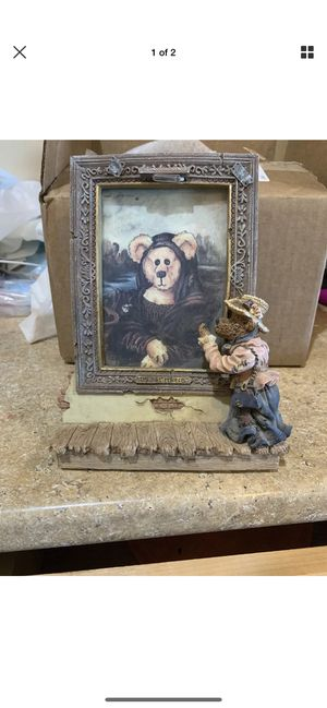 Boyd bears the masterpiece photo frame for Sale in Young, AZ