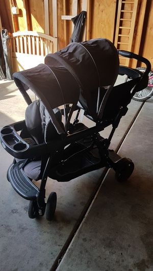 Graco double stroller for Sale in Rancho Cucamonga, CA