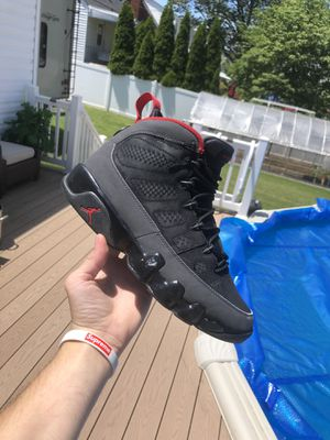 Jordan retro 9 Charcoal size 8 for Sale in Brooklyn, MD