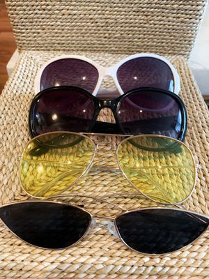 4 Sunglasses for $5! (Includes 2 Sunglass Cases) for Sale in Los Angeles, CA