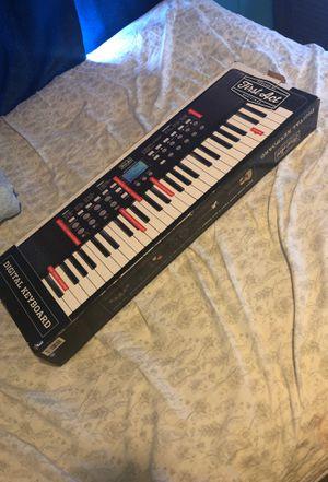 Digital keyboard for Sale in Lillington, NC