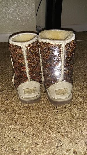 Uggs Very Comfortable and still in great condition for Sale in Tampa, FL