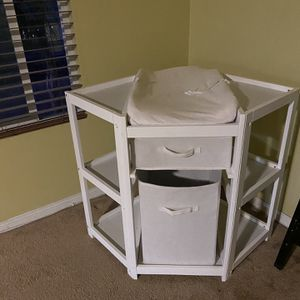Baby Changing Table for Sale in Norco, CA