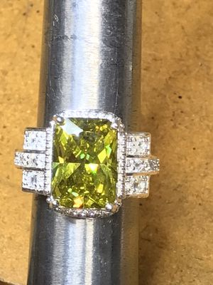 Sterling silver ring, size 7 1/2, absolutely gorgeous for Sale in Bradenton, FL