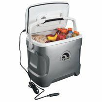Igloo 28 Qt Iceless Cooler in Silver for Sale in Las Vegas, NV