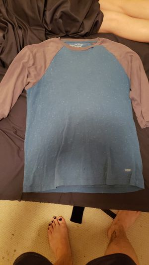 Levis small baseball tee for Sale in Humble, TX