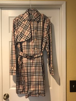 Burberry vintage check trench coat for Sale in Fontana, CA