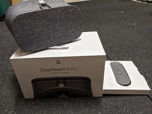 Google Daydream View VR Headset for Sale in Lombard, IL