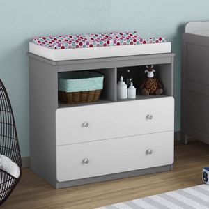 Cosco Willow Lake Changing Table With Pad for Sale in Philadelphia, PA