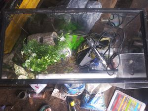 Fish tank for Sale in Montandon, PA