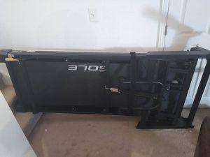 SOLE F80 Treadmill for Sale in Denver, CO