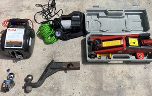 VEHICLE SAFETY/TOW KIT for Sale in Cibolo, TX