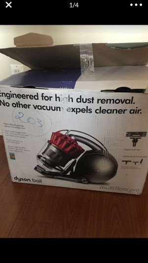 New Dyson vacuum ! for Sale in Los Angeles, CA