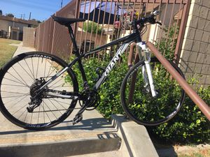 Giant road/mountain bike for Sale in East Los Angeles, CA