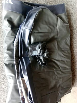 Queen air mattress and pump for Sale in Temecula, CA