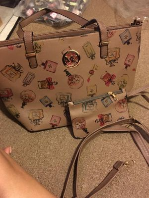 Women bag $ 38 each one for Sale in North Smithfield, RI