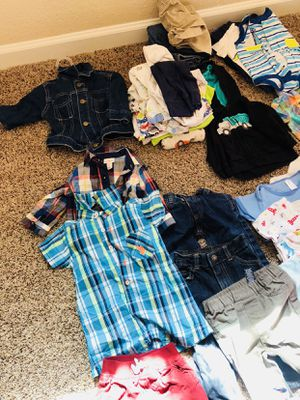 Car seat and clothes baby like new for Sale in Carmichael, CA