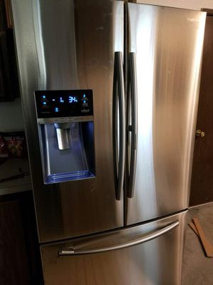 Samsung 24.6 cu.ft French door refrigerator in stainless steel model#RF263BEAESG for Sale in Salt Lake City, UT