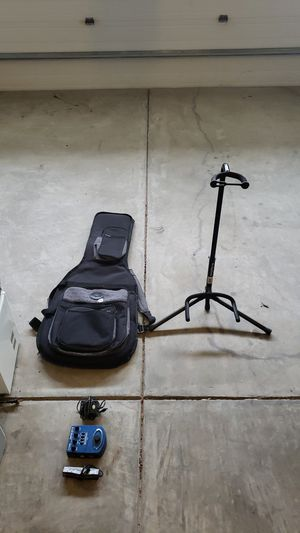 Fender Guitar Bag and Guitar stand for Sale in Cary, NC